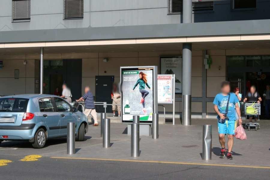 Reklamní plocha č. 3270010 - Citylight, Zlín, Sokolská KAUFLAND parkoviště marketu,vstup