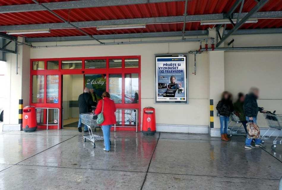 Reklamní plocha č. 3270053 - Citylight, Ostrava - Poruba, Polská KAUFLAND parkoviště marketu,vstup