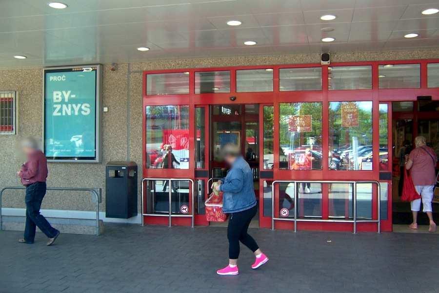 Reklamní plocha č. 3270074 - Citylight, Brno - Bohunice, Kamenice KAUFLAND parkoviště marketu,vstup