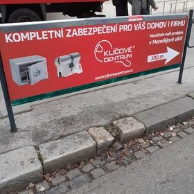Reko - Reklamní plochy Brno - Reklama na zábradlí - Klíčové centrum